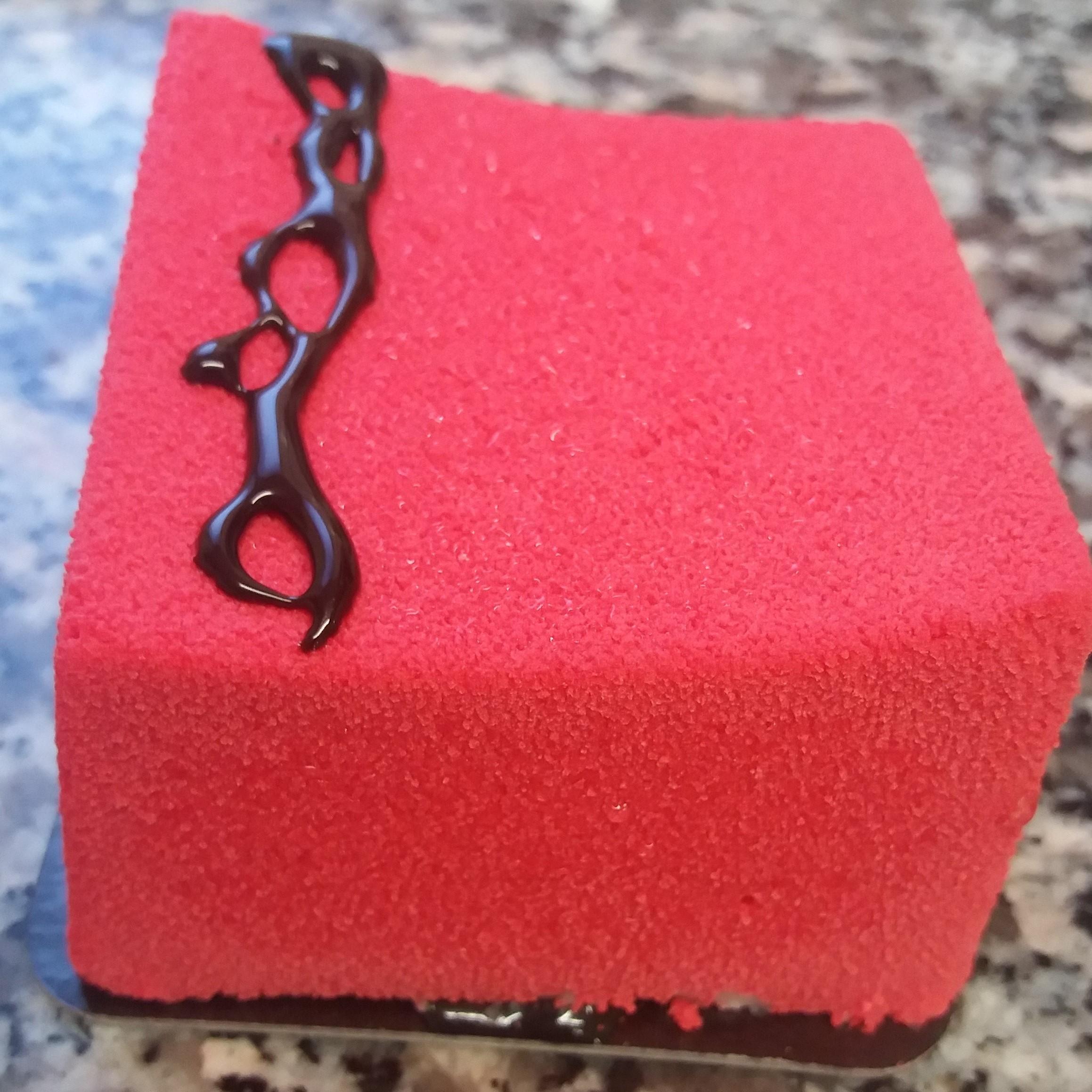 carré mousse fraise coquelicot velours rouge carre